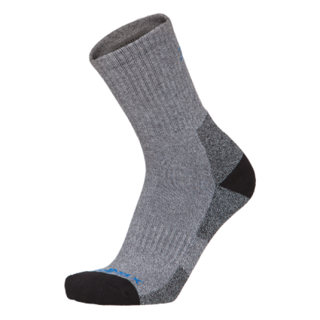 mountain-socks-midweight-neo.png